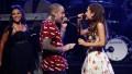 Ariana Grande honors Mac Miller on tour