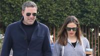 Ben Affleck and Jennifer Garner walking in Santa Monica