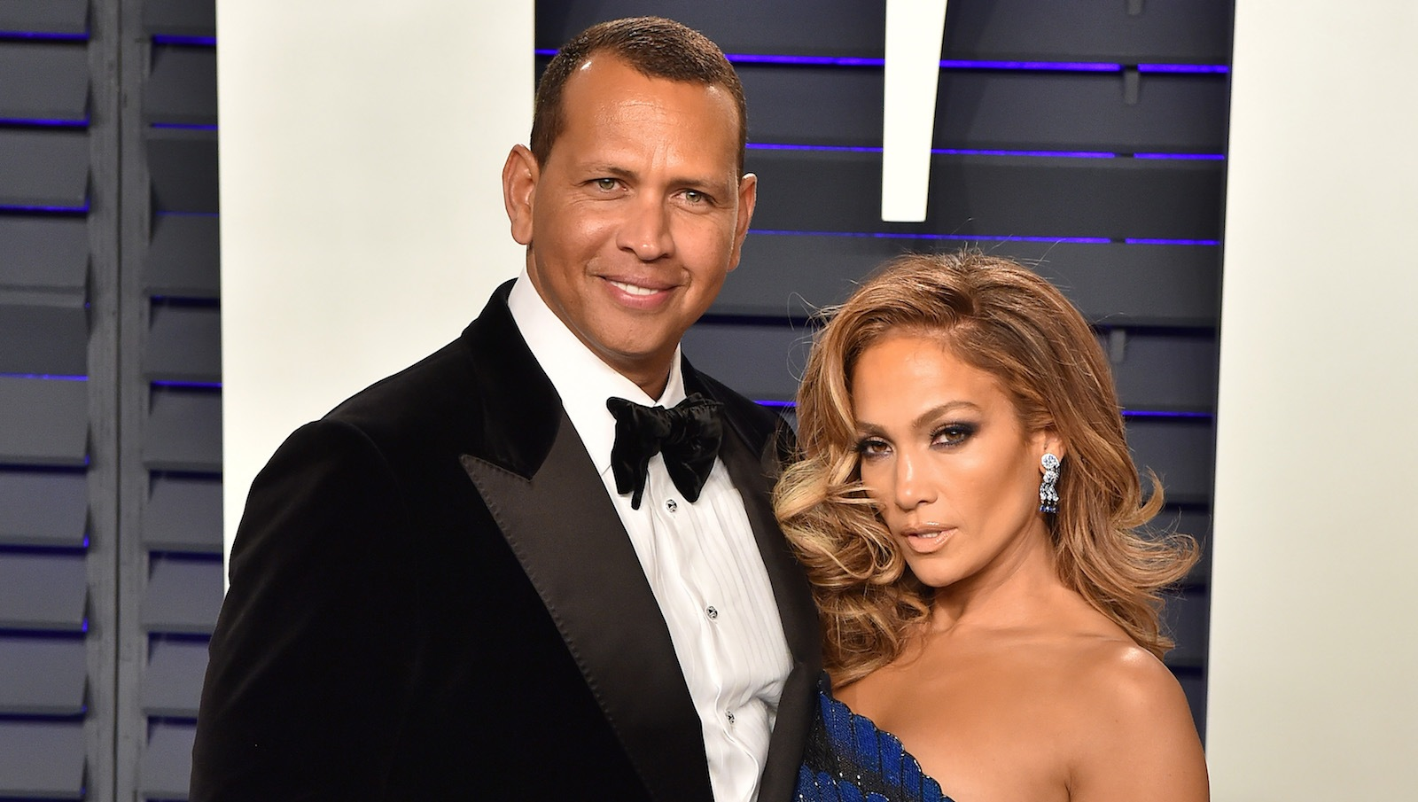 BEVERLY HILLS, CALIFORNIA - FEBRUARY 24: Jennifer Lopez and Alex Rodriguez attend the 2019 Vanity Fair Oscar Party Hosted By Radhika Jones at Wallis Annenberg Center for the Performing Arts on February 24, 2019 in Beverly Hills, California. (Photo by Axelle/Bauer-Griffin/FilmMagic)