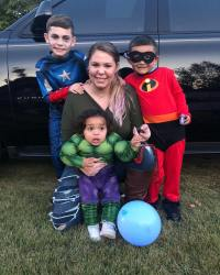 'Teen Mom 2' Star Kailyn Lowry Claps Back at David Eason's Comments About Her Weight