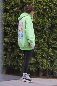 Lori-Loughlin-Daughter-Isbella-Friends-College-Scandal