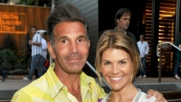 Lori Loughlin and Mossimo Giannulli Are Apparently Having Marriage Troubles Amid College Admissions