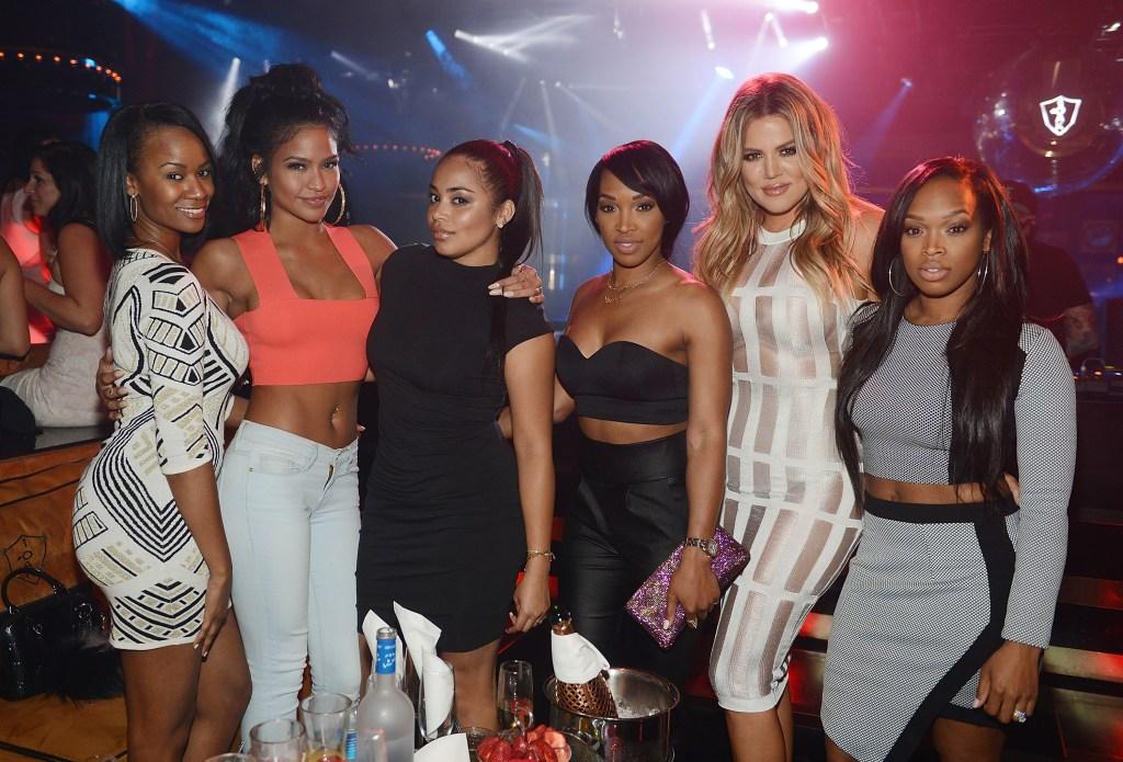 khloe kardashian in vegas with her friends