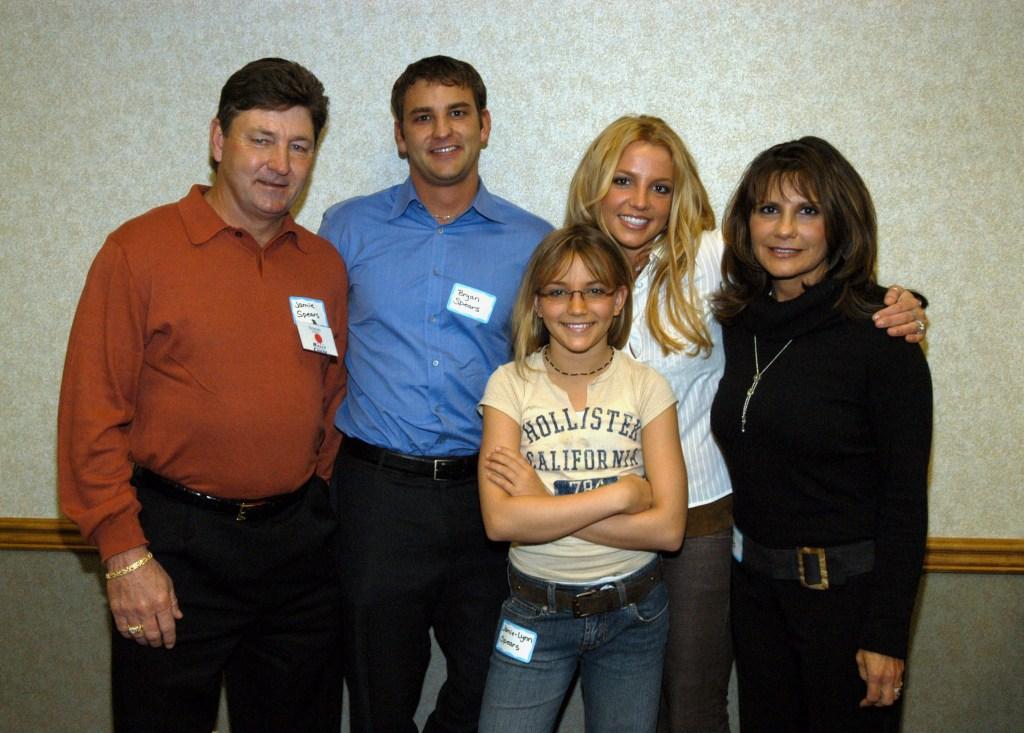 Britney spears family father jamie spears