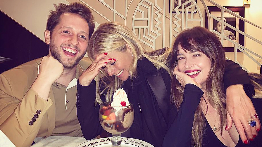 Gwyneth Paltrow Chris Martin Dakota Johnson Friendship