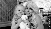 beth chapman with her niece