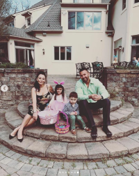 Jenni 'JWoww' Farley Reunites With Ex Roger Mathews on Easter Amid Divorce Drama