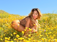 Teen Mom OG Alum Farrah Abraham Flaunts Her Booty in Sexy NSFW Photoshoot