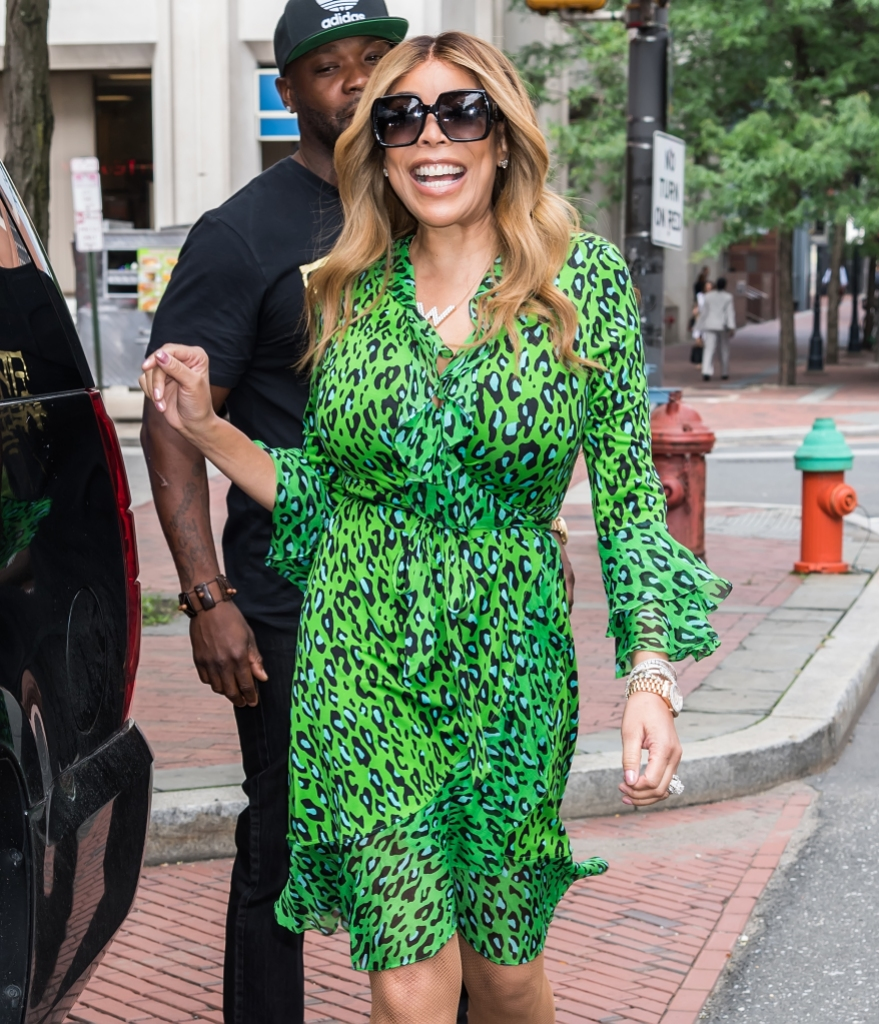 Wendy Williams Wearing Green Dress With Sunglasses