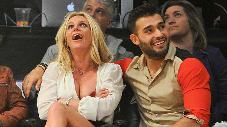 Sam Asghari Tributes Britney Spears After Her Wellness Center Stint