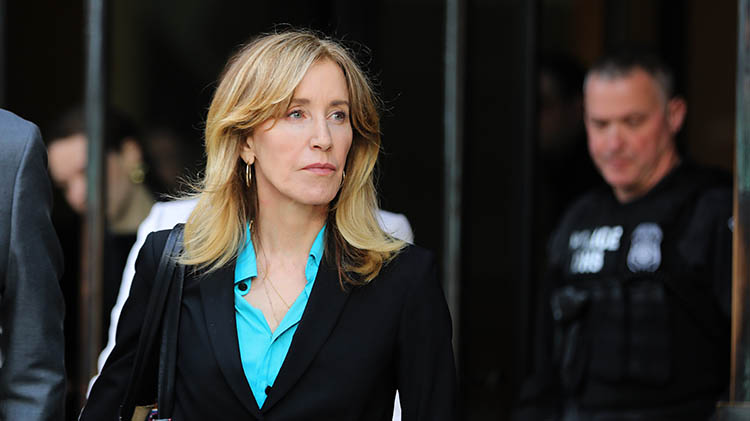 felicity huffman plead guilty college admissions scam