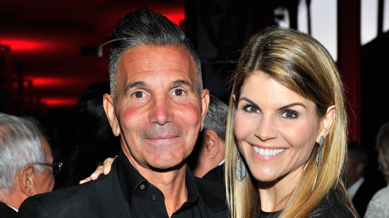 Lori Loughlin and Mossimo Giannulli Face Audit From IRS Over College Admissions Scandal