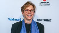 gabrielle-carteris-talks-bh90210-costars-and-show
