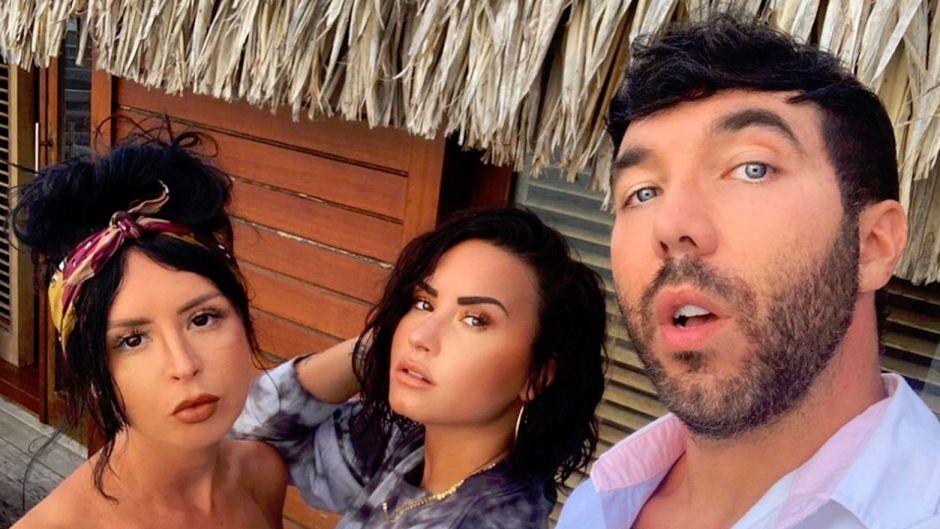 Demi Lovato With Her Friends in Bora Bora