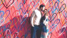 Jeremy Vuolo Kisses Jinger Duggar's Head In Front Of Hearts Mural in Los Angeles