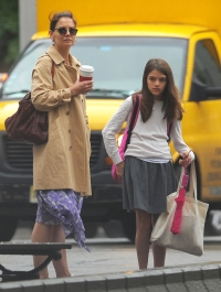 Strut Your Stuff! Katie Holmes and Daughter Suri Cruise Are Fashionistas While Crossing the Street in NYC