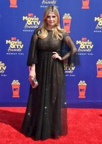mischa barton wears black dress on the 2019 mtv movie and tv awards red carpet