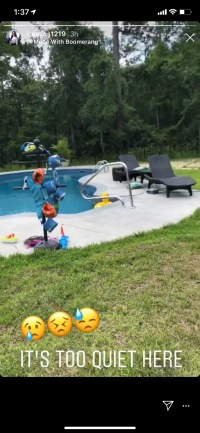 teen mom 2 alum jenelle evans shares picture of her empty pool and backyard jenelle evans david eason fathers day childless