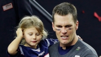 tom brady dad shamed jumping waterfall 6 year old daughter