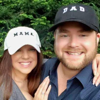 Amy Duggar and Dillon King Wearing Mama and Dad hats