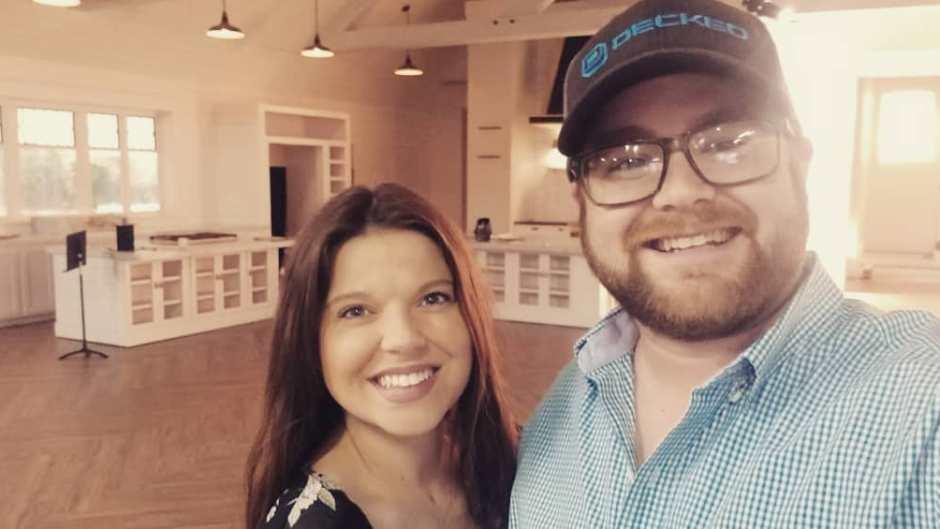 Amy Duggar and Dillon King Take Selfie