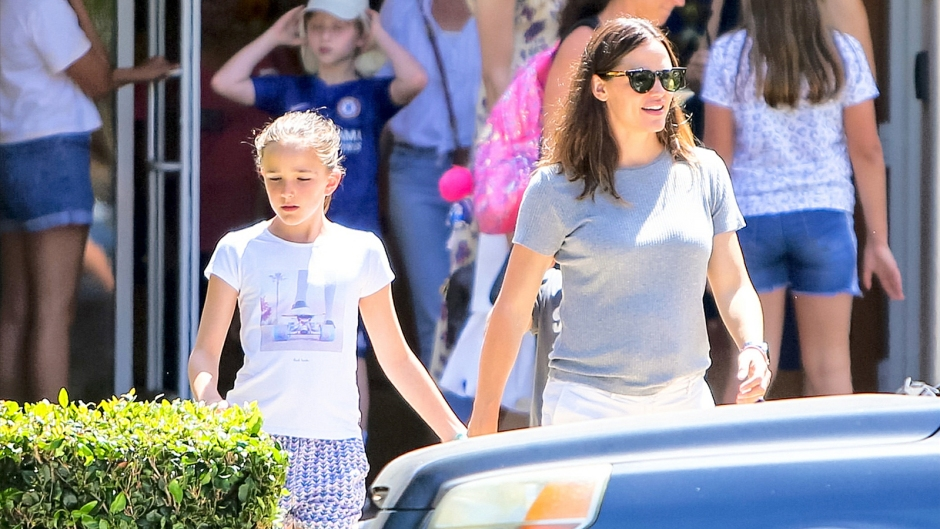 Jennifer Garner and Daughter Seraphina Affleck Hold Hands While Out and About in L.A.