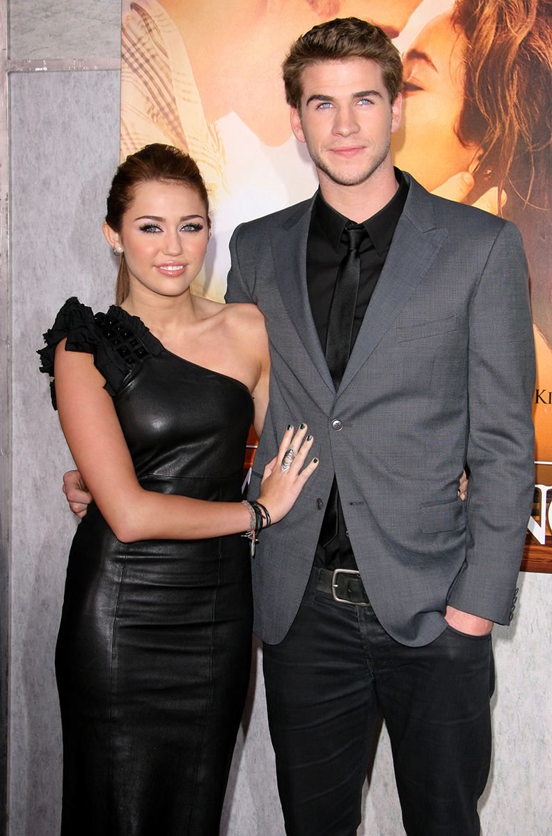 Which hemsworth dated miley cyrus