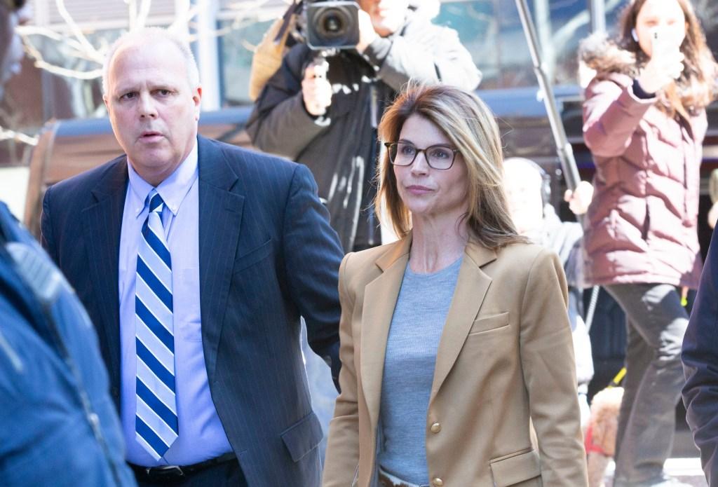 Lori Loughlin Walking to Court