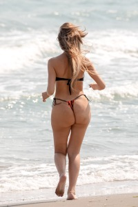 Farrah Abraham Wears a Thong Swimsuit in Italy