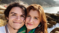 isabel rock and jacob roloff selfie on the beach