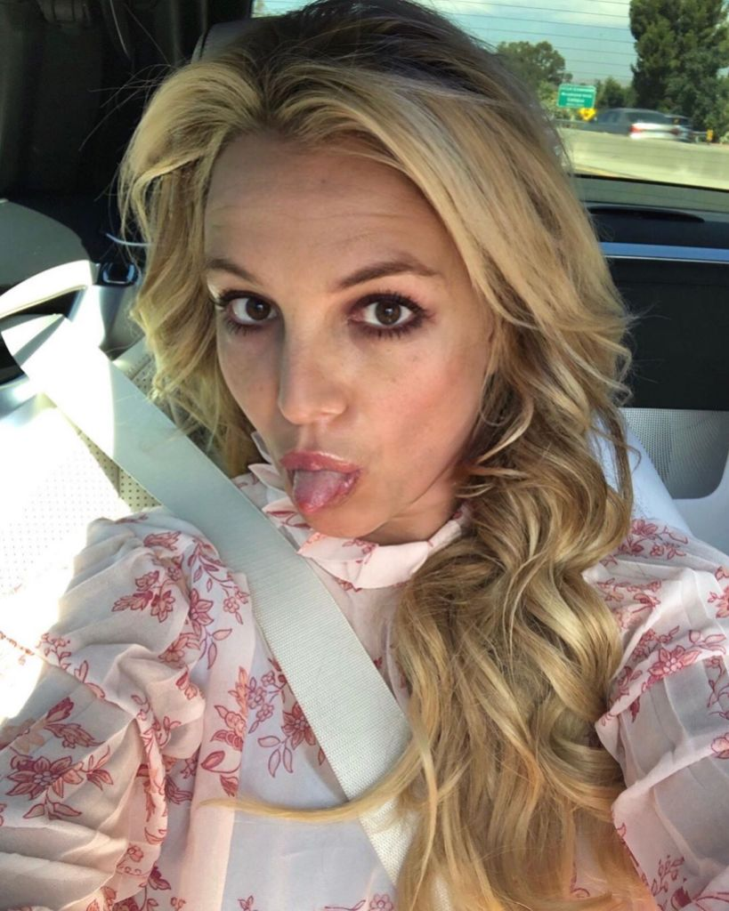 Britney Spears Slammed Wearing Too Much Makeup Working Out
