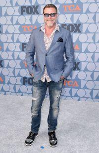 Dean McDermott Wearing a Blue Suit