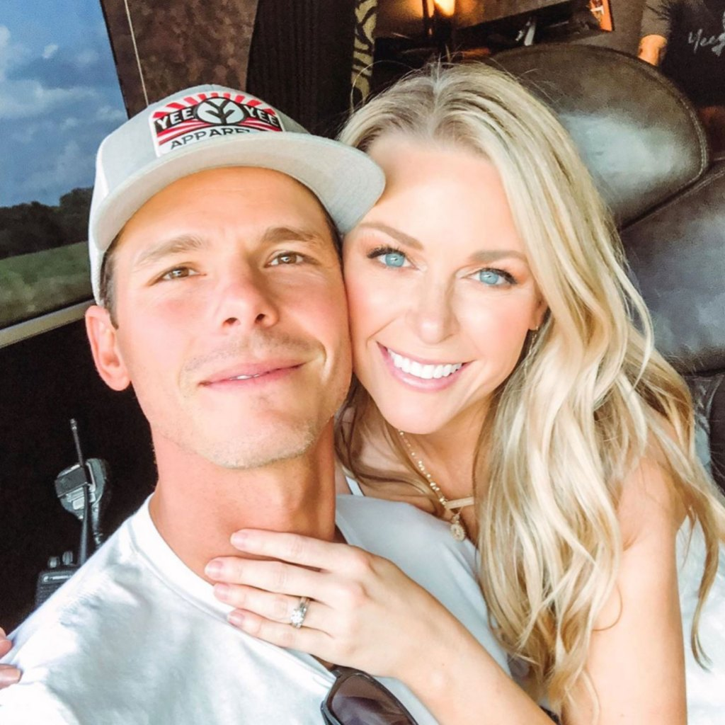 Granger Smith's Wife Debuts New Hair Color After Son's Passing