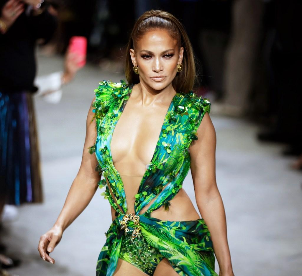 Jennifer Lopez Announced 2020 Super Bowl Halftime Show Performer