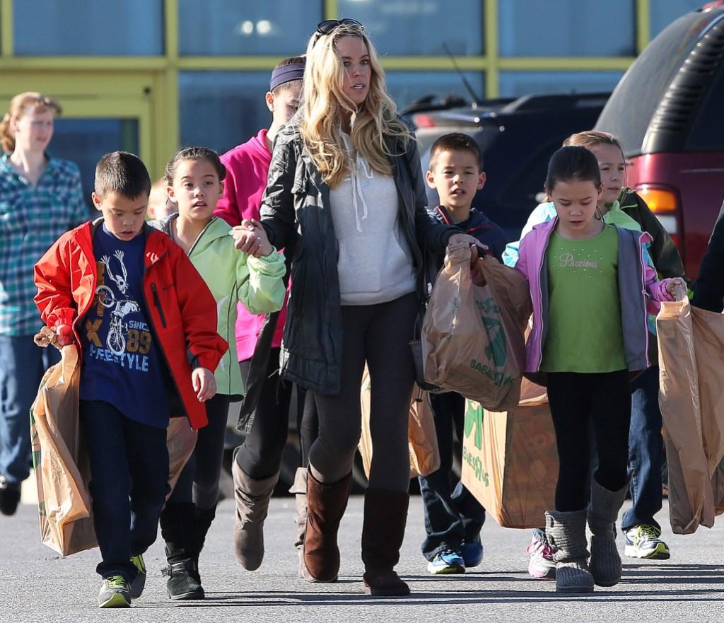 Jon Gosselin Accuses Kate Torturing Kids