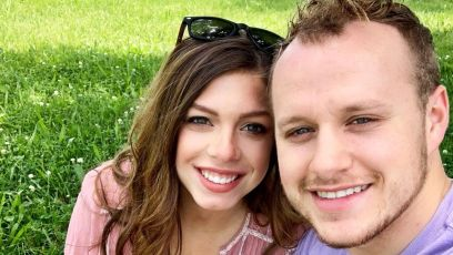 Lauren Swanson Smiles In Selfie with Josiah Duggar