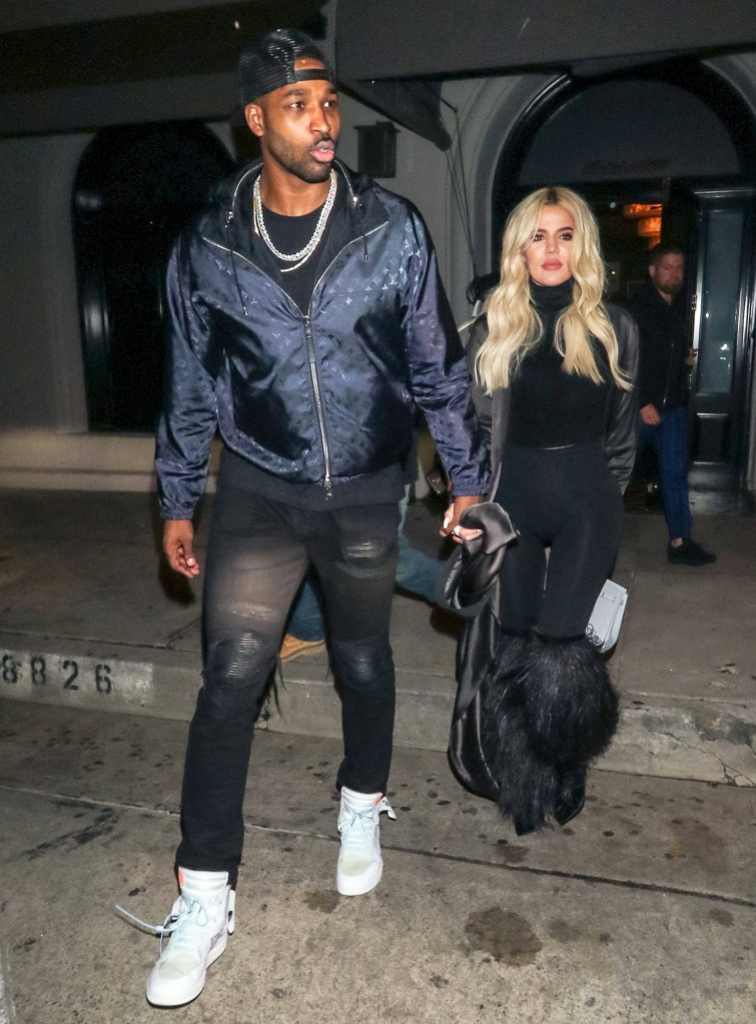 Tristan Thompson Hasnt Given Up Khloe Kardashian Struggling Cut Him Off