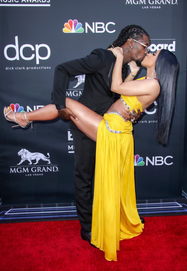 cardi b and offset pack on pda at the billboard music awards red carpet in May 2019