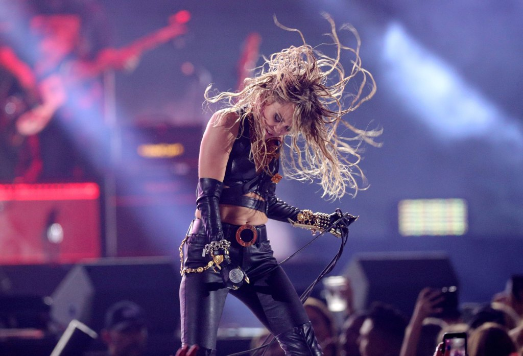 Miley Cyrus Performs and Parties at iHeartRadio Music Festival After Kaitlynn Carter Split