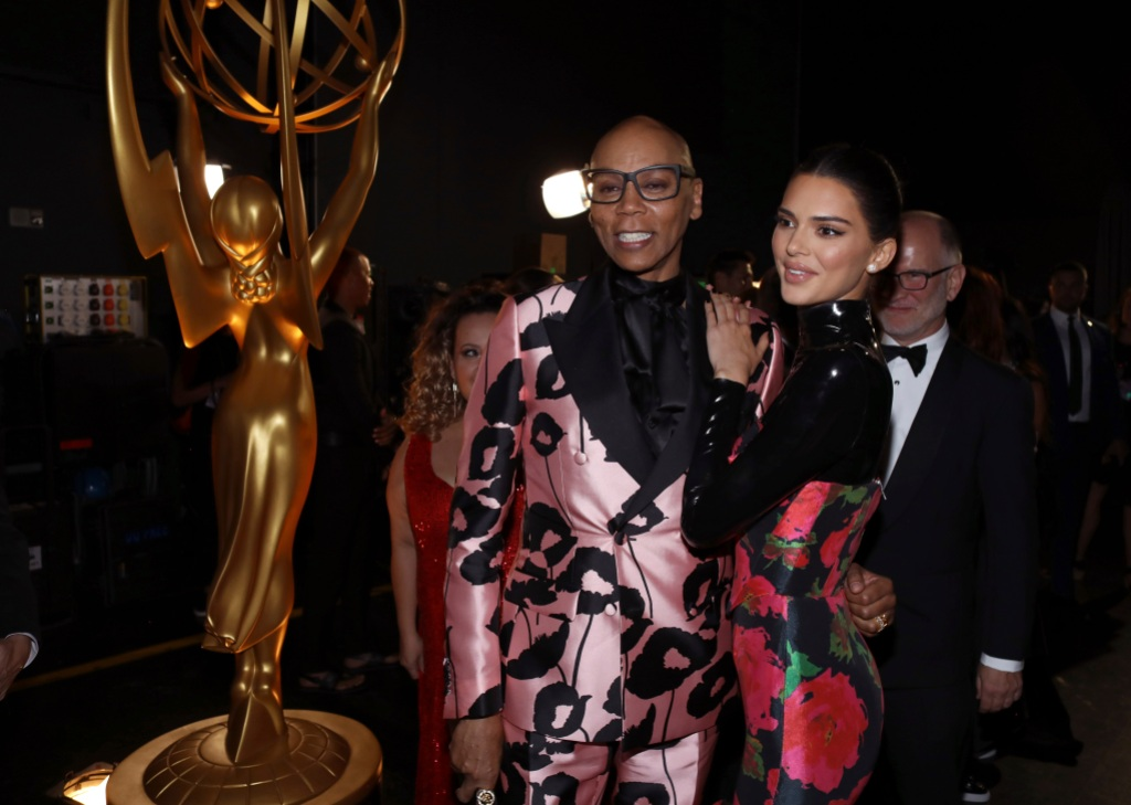 rupaul and kendall jenner backstage at the 2019 emmys.jpg