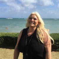 Beth Chapman at the Beach