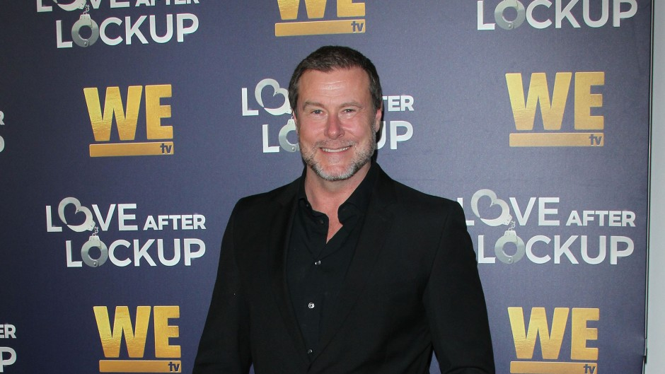 Dean McDermott in a Suit at an Event