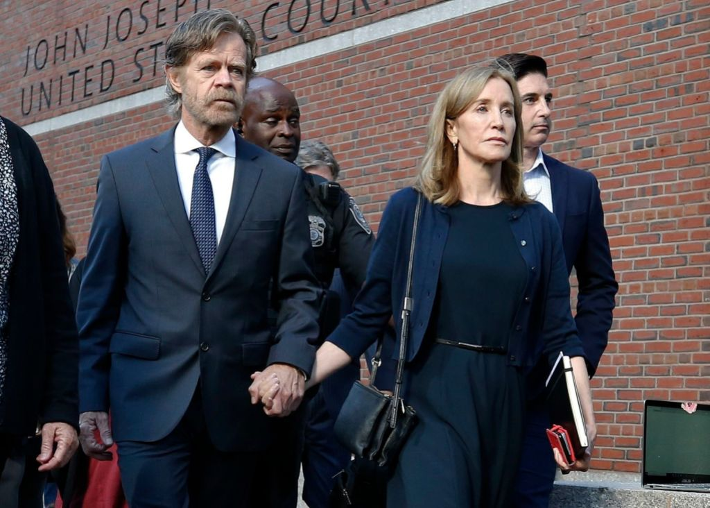 Felicity Huffman Walks Out of Court with William H. Macy