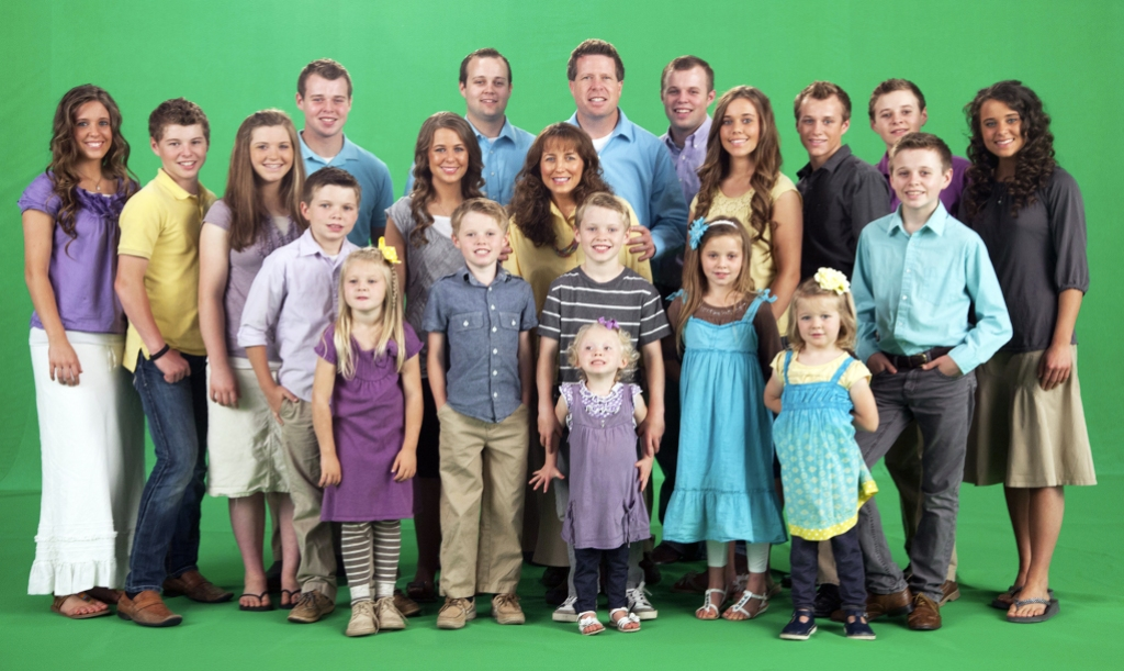 How Is the Welcome to Plathville Family Connected to the Duggars