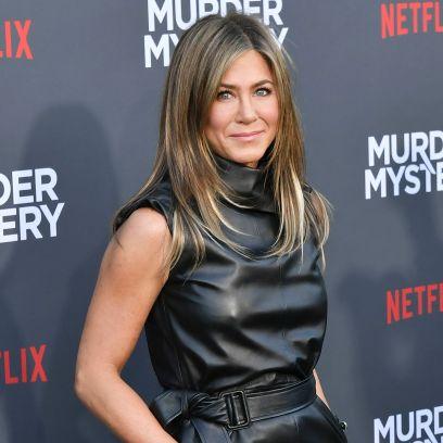Jennifer Aniston Smiles on Red Carpet
