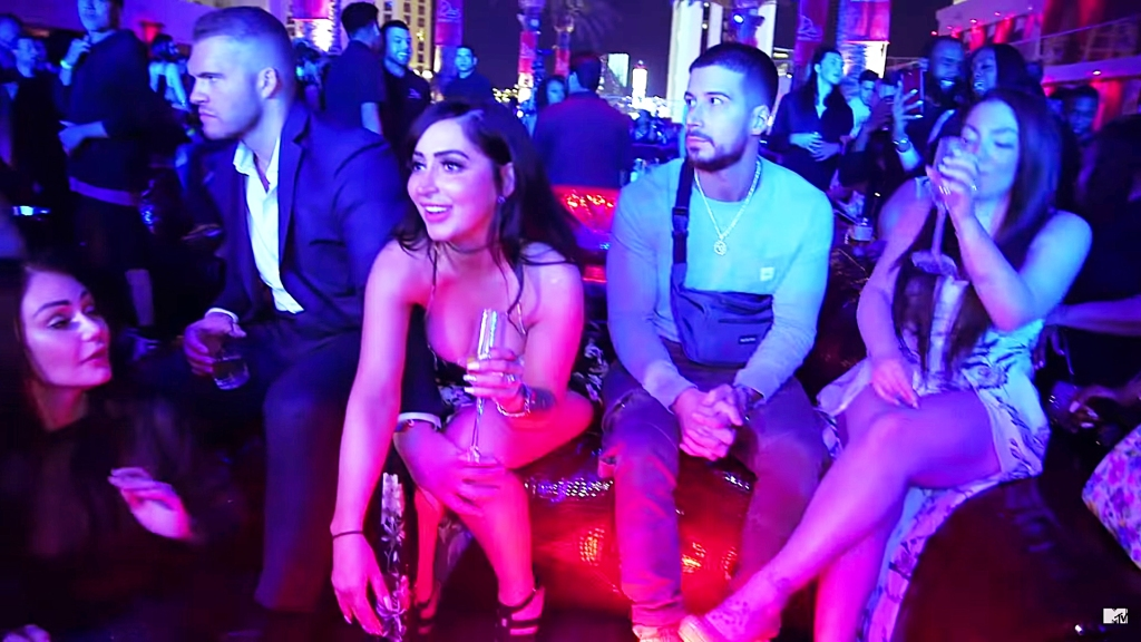 Jersey Shore Vinny Guadagnino Sounds Off About JWoww BF Zack Grabbing Angelina