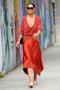 Katie Holmes Streetwear Style Icon