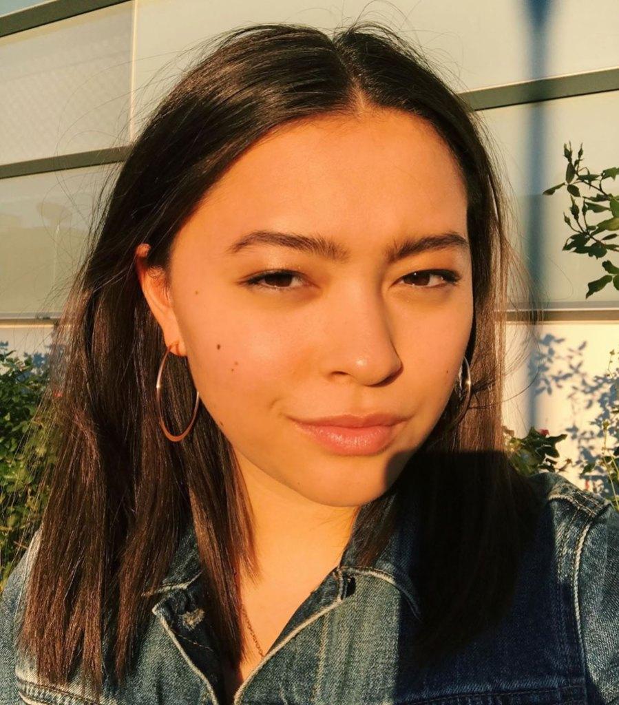 Mady Gosselin Shares Sun-Kissed Selfie Amid Family Drama