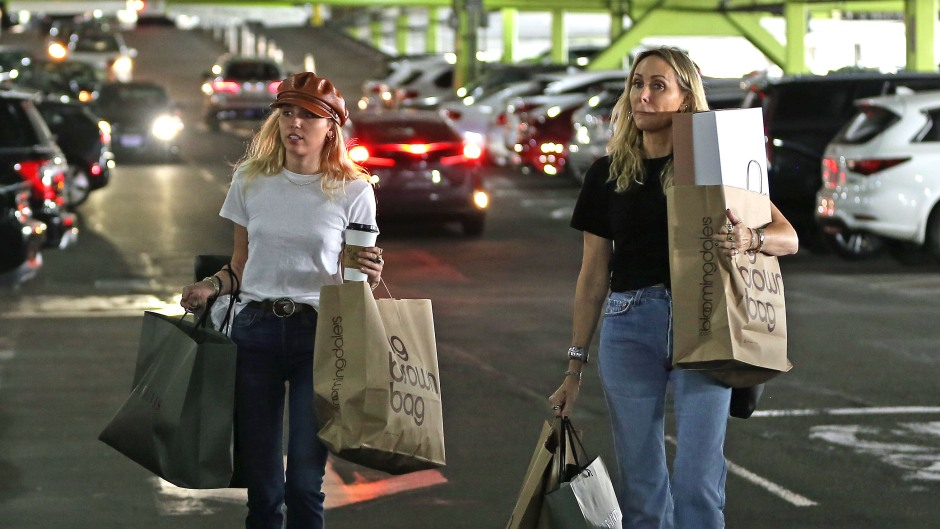 Miley Shopping With Her Mom Tish Carrying Shopping Bags