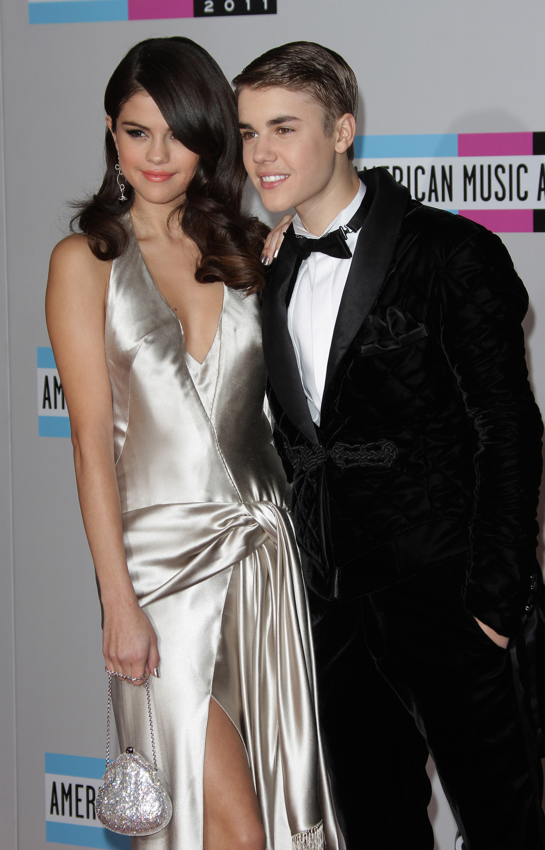 Justin Bieber dating Selena Gomez 2014 Hydro krok upp BC